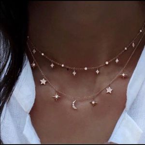 Beautiful double layer star 🌟 necklace